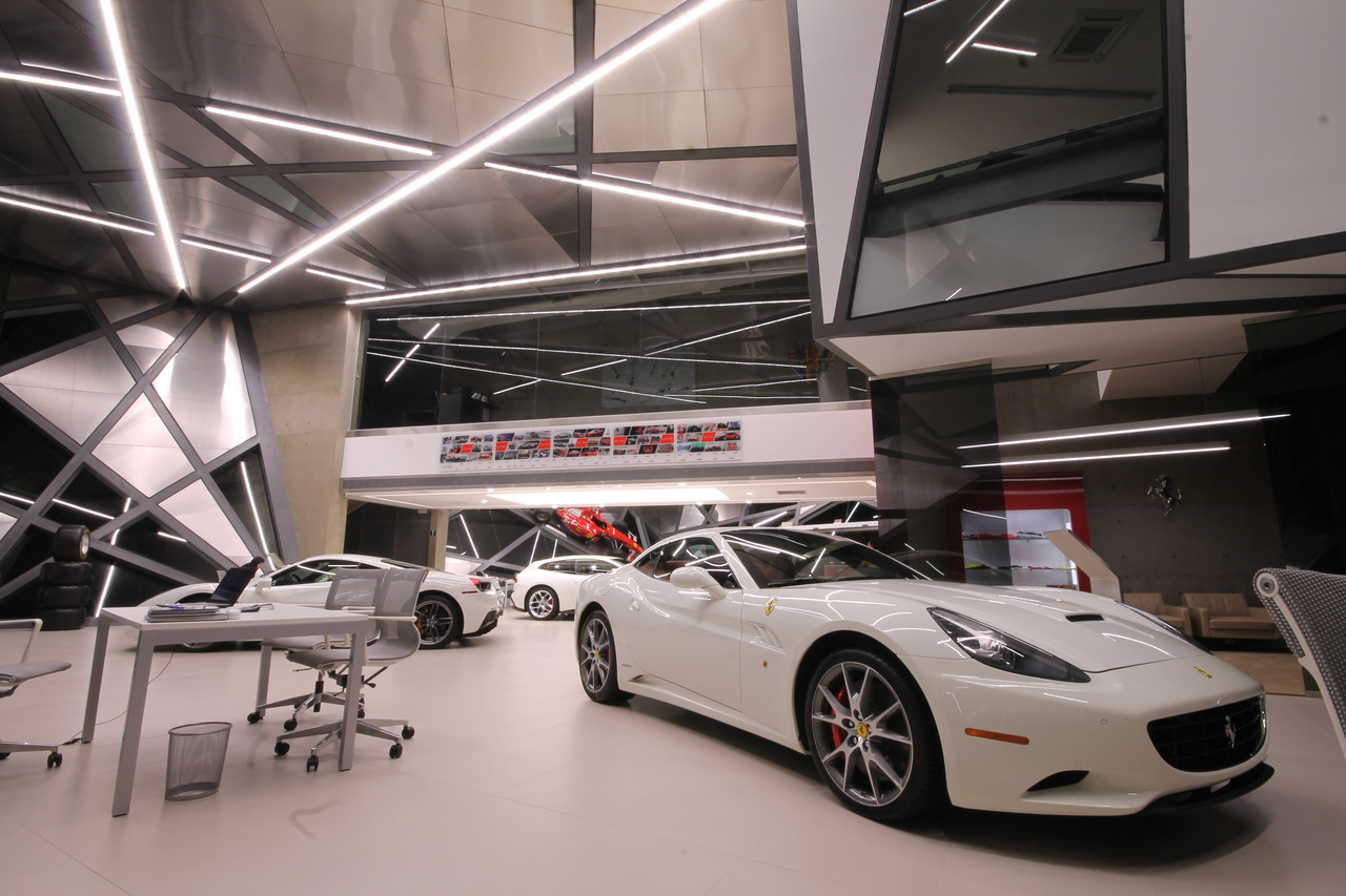 Loja Ferrari